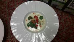 Polévka Tom Kha Kai